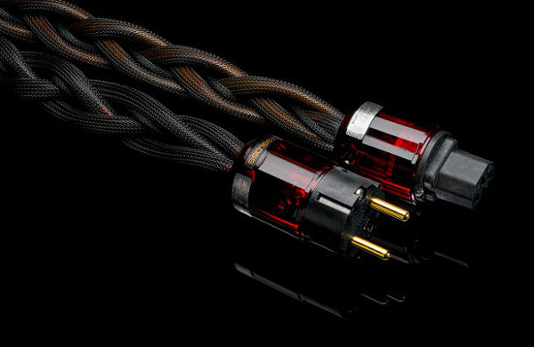 POWER UP! A megareview of high end power cords